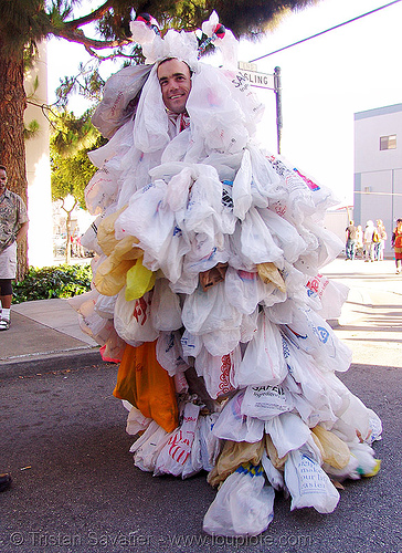 weird costume - plastic grocery bags (san francisco), costume, grocery bags, plastic bags, recycle, recycled, recycling