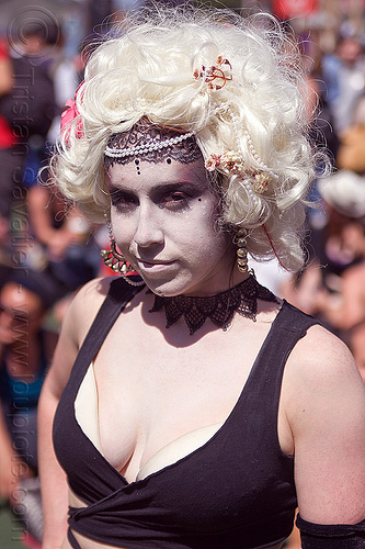 white wig and white makeup, festival, how weird festival, people, woman