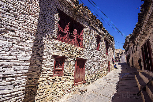 whitewashed traditional stones houses on main street - marpha village - himalayas (nepal), annapurnas, houses, kali gandaki valley, marpha, painted, street, village, white, whitewashed