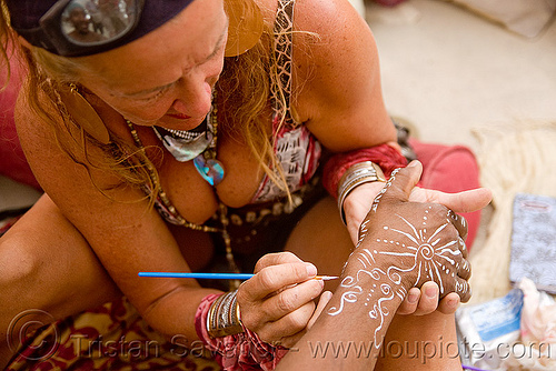 woman doing body painting - burning man 2009, body art, body paint, people