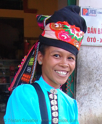 woman from white thai tribe - vietnam, asian woman, bright colors, happy smile, hat, headwear, hill tribes, indigenous, tay khao, tay tribe, thai tribe, turquoise color