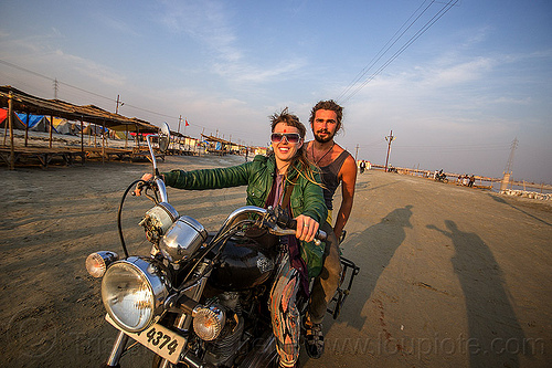 woman riding a royal enfield bullet motorbike, 350cc, bun bun, hindu pilgrimage, hinduism, india, maha kumbh mela, man, motorcycle touring, motorcyclist, rider, riding, royal enfield bullet, thunderbird, wojtek, woman