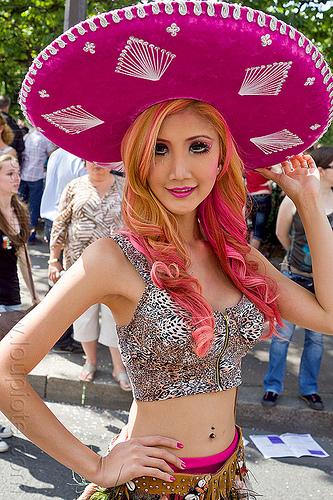 pink sombrero, costume, eye makeup, festival, gay pride, hat, mexican, navel piercing, paris, people, pink sombrero, woman
