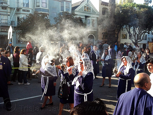 women holding thuribles with incense in catholic procession, backlight, censers, crowd, incense, lace, lord of miracles, parade, peruvians, procesión, procession, religion, señor de los milagros, smoke, smoking, street, thuribles, veiled, white veils, women