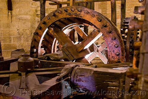 wood gears - casa de la moneda - potosi (bolivia), casa de la moneda, casa nacional de moneda, historical, mint, museum, potosí, wood gears, wooden gears, wooden machine