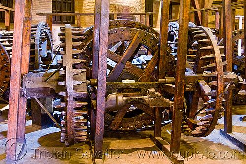 wood gears of an ancient roller press machine, bolivia, casa de la moneda, casa nacional de moneda, historical, mint, potosí, wood gears, wooden gears, wooden machine
