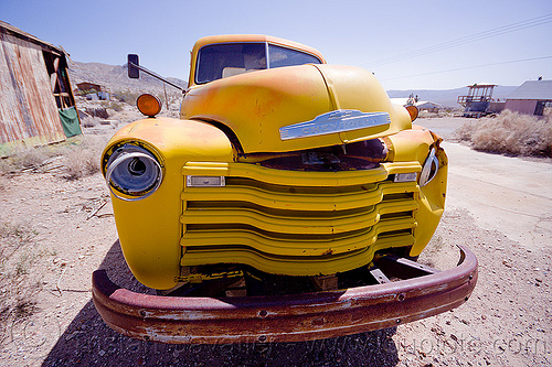 yellow chevy truck, chevrolet advance design, chevy, darwin, death valley, front, ghost town, grid, hood, junk, lorry, rusting, rusty, truck, wreck, yellow