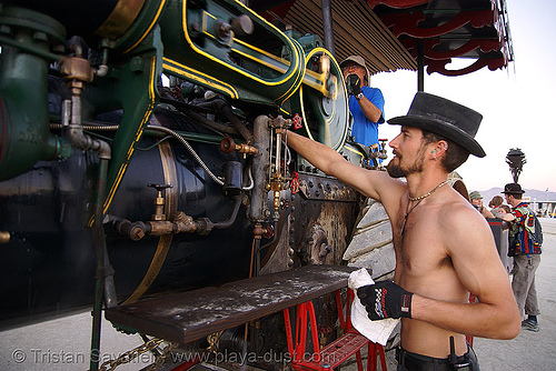 zach with kinetic steam works' case traction engine hortense - burning man 2007, art car, burning man, case steam engine, kinetic steam works, ksw, steam tractor, steampunk, zach, zachary